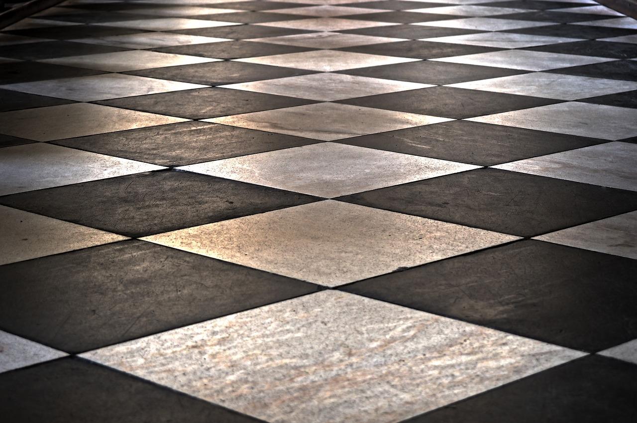 Come pulire e sbiancare le fughe del pavimento senza fatica?