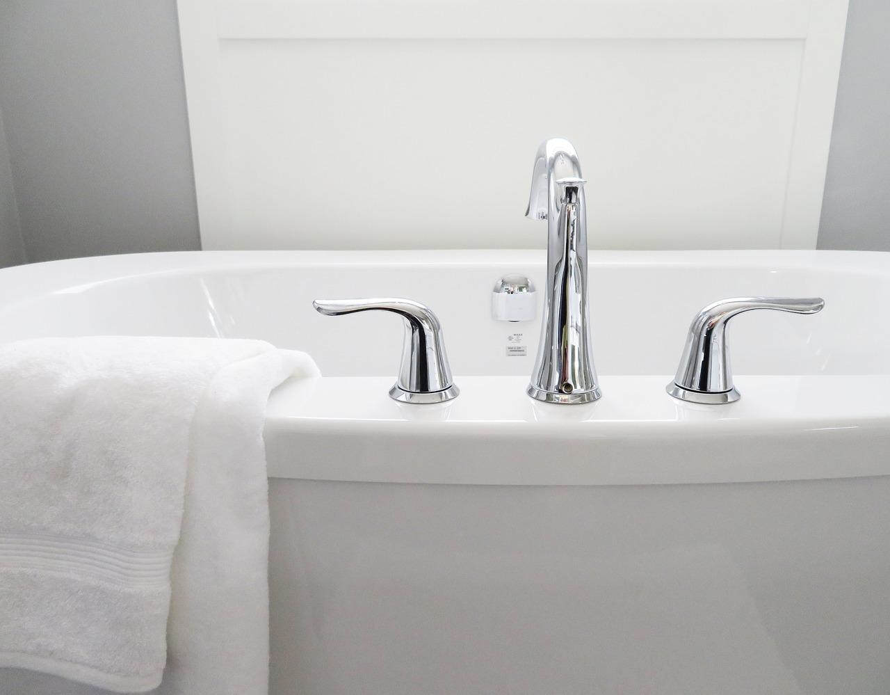 Ricoprire Vasca Da Bagno Prezzi sovrapposizione vasca da bagno: come funziona e quanto costa