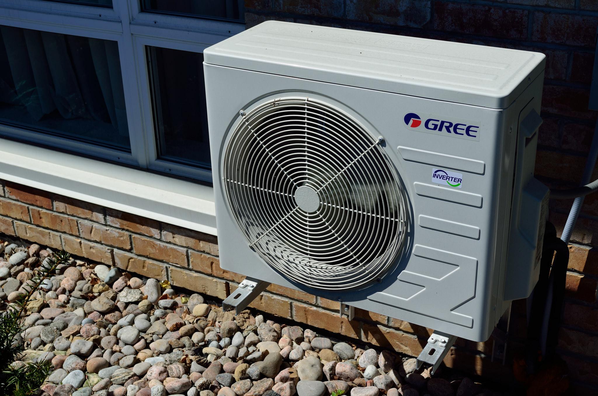 Come Montare Un Condizionatore installazione condizionatori: quando è necessario richiedere