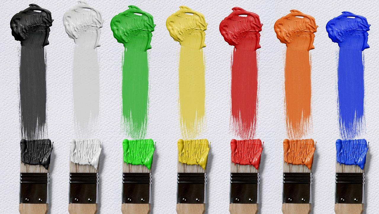 Pareti A Strisce Lilla : Pareti a righe colori e consigli per le varie stanze