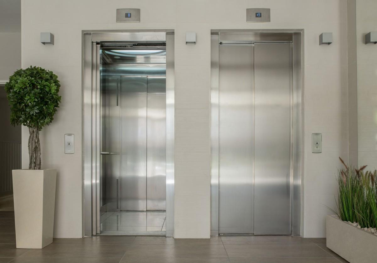 Dimensioni Porta Ingresso Casa dimensioni ascensore: quali sono le misure minime da rispettare?