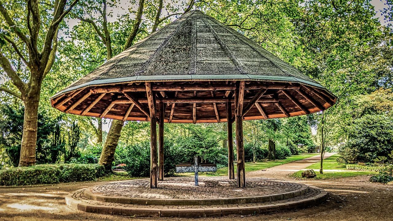 Gazebo Da Giardino 4x4 : Quanto costa far realizzare un gazebo da giardino in legno su misura