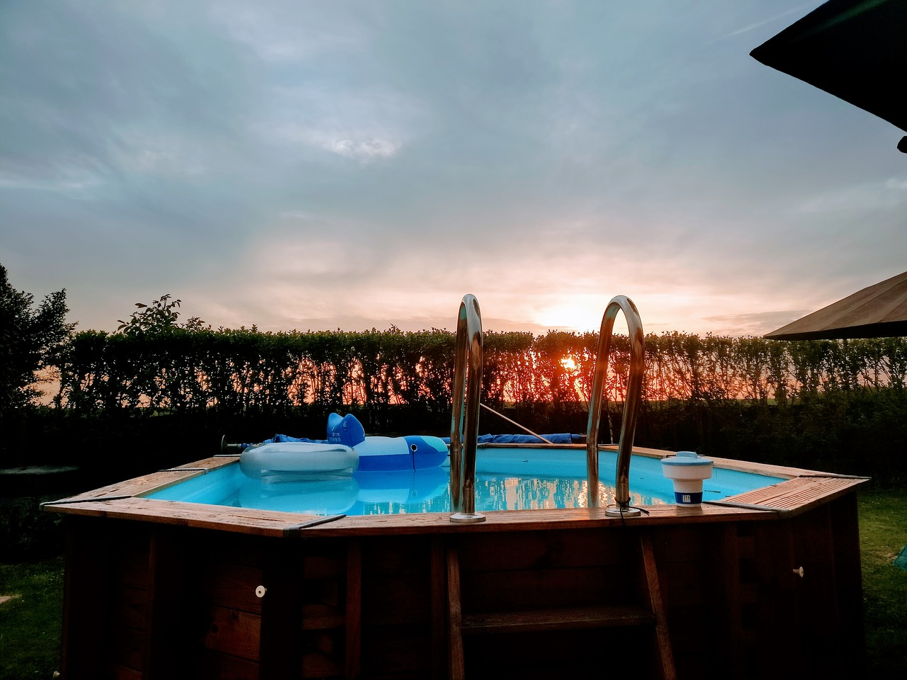 Quanto costa installare una piscina fuori terra for Quanto costa costruire una piscina