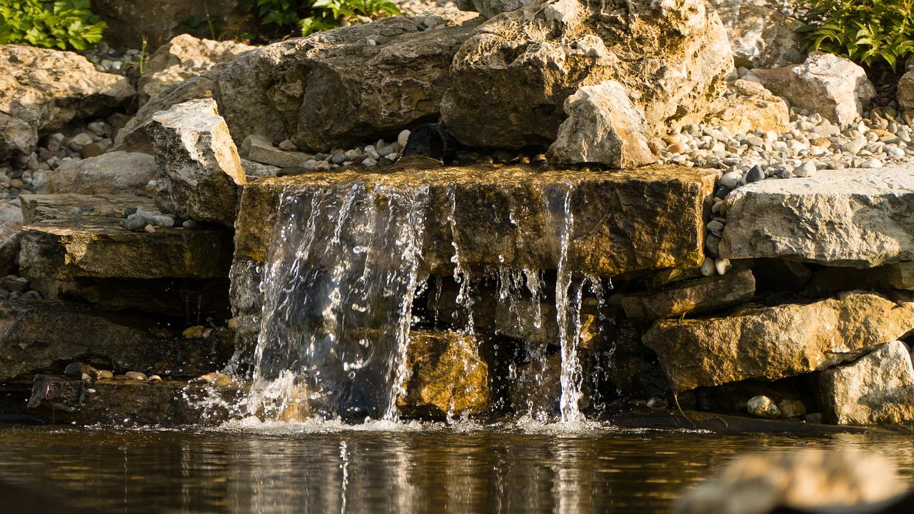 Cascata Giardino Fai Da Te : Cascate da giardino quanto costa realizzarne una