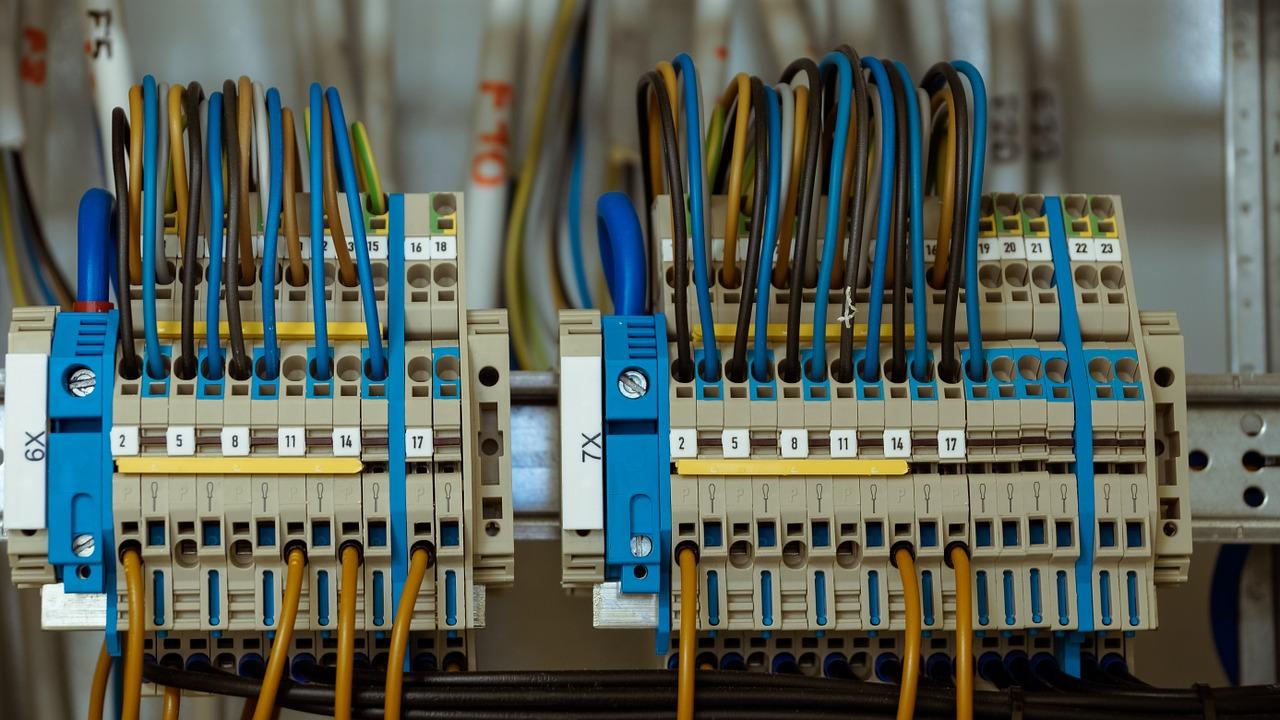 Schema Elettrico Quadro Casa : Impianto elettrico a norma quanto costa e come deve essere fatto