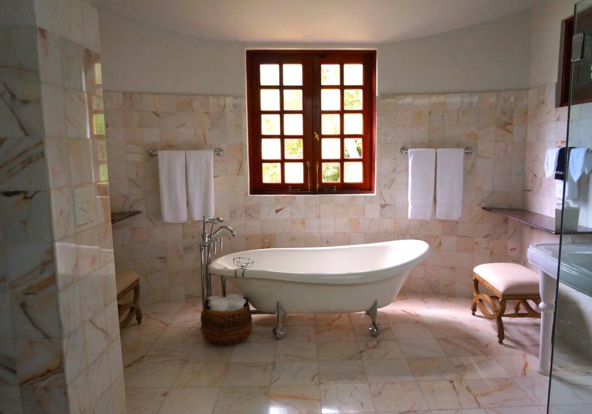 Bagno Shabby Chic Azzurro : Come arredare il bagno in stile shabby chic?