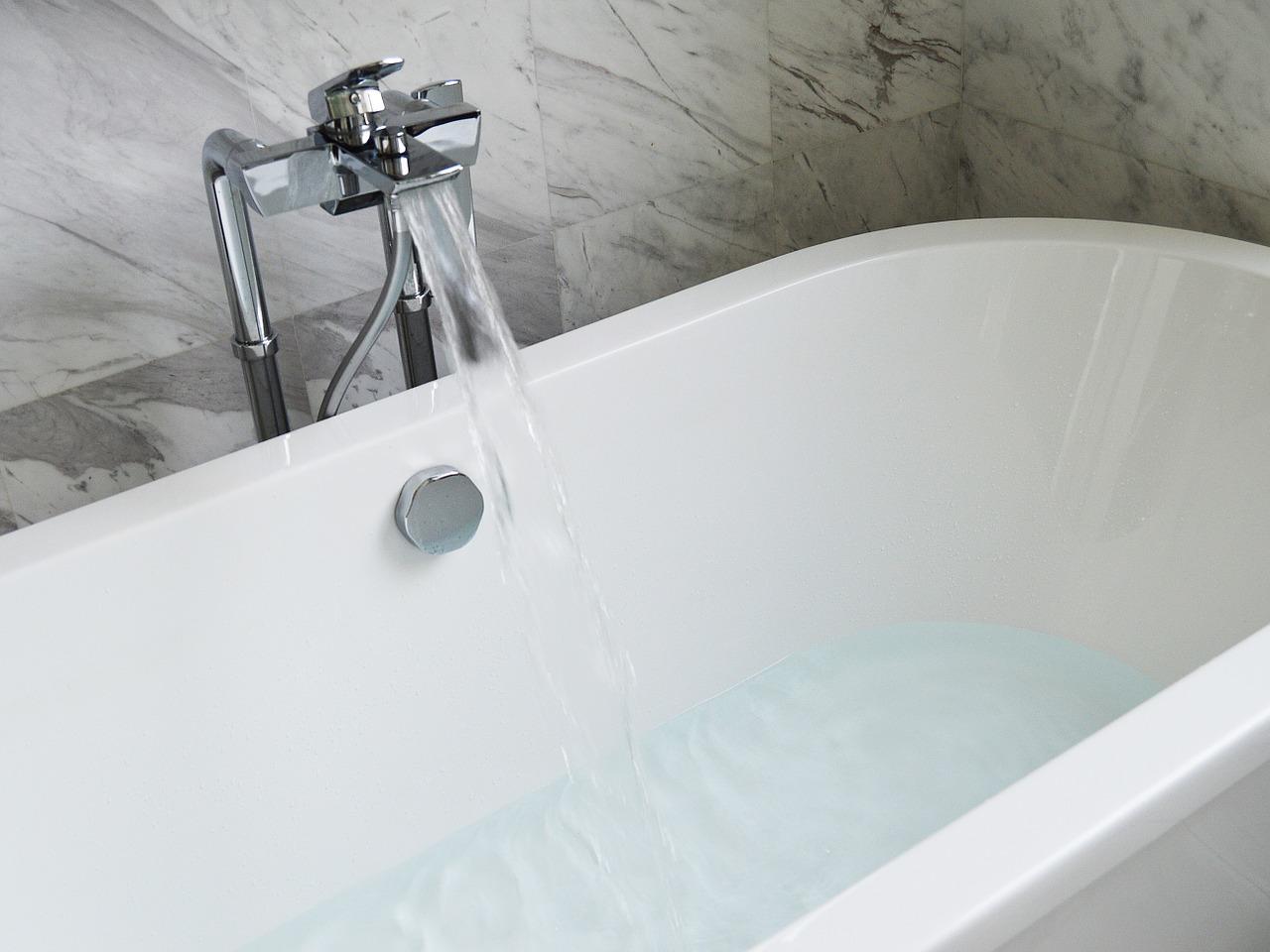 Vasca Da Bagno A Vista Prezzi : Come e perchè sostituire la vasca con la doccia