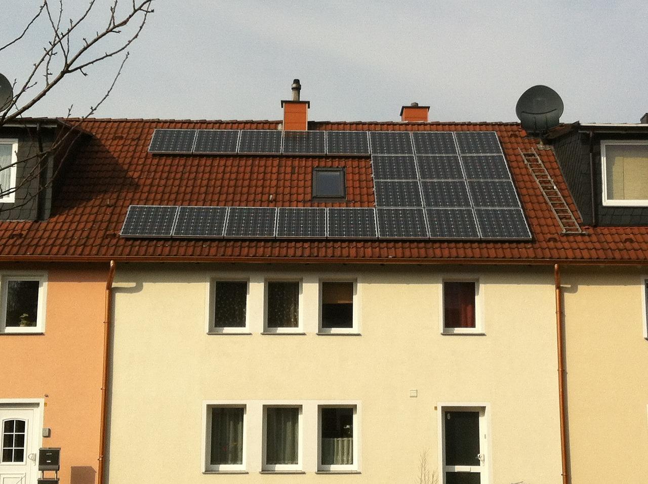 Idee Per Risparmiare In Casa.Risparmio Energetico E Fotovoltaico Idee E Consigli Paginegialle Casa