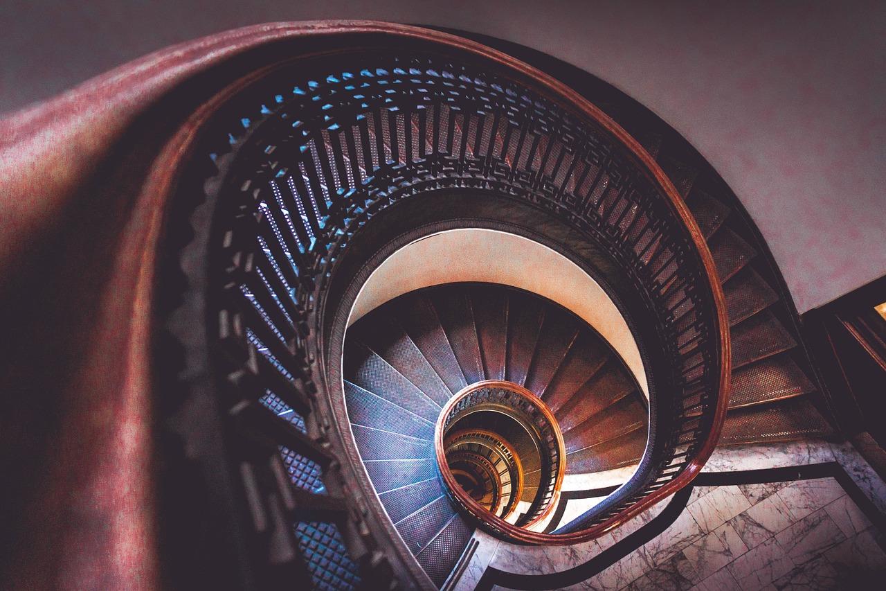 Altezza Dei Parapetti altezza gradini scala e corrimano: normativa e consigli