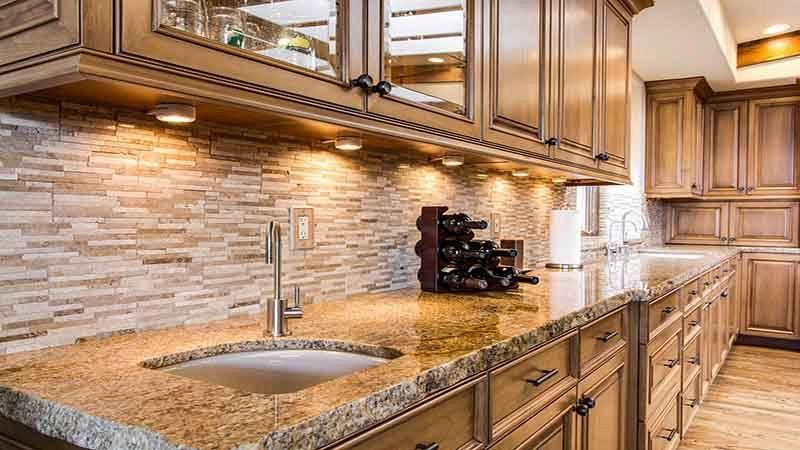 Cucine in legno: quali materiali è possibile utilizzare?