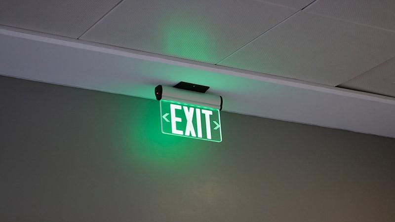 Plafoniera Con Lampada Di Emergenza : Lampade di emergenza a led luce in casa anche con un black out