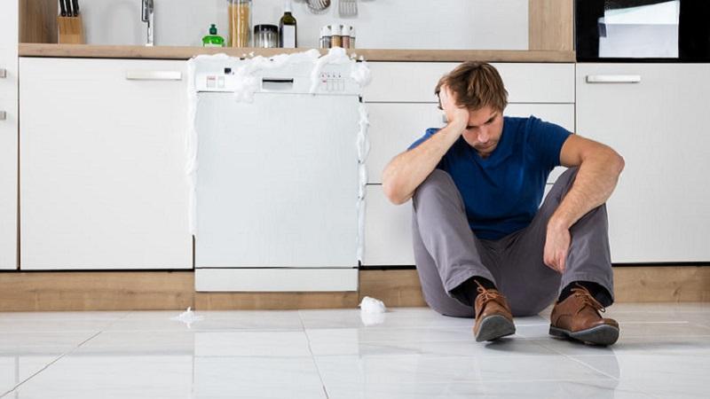 Schema Elettrico Lavastoviglie Hotpoint Ariston : La lavastoviglie carica acqua ma non parte