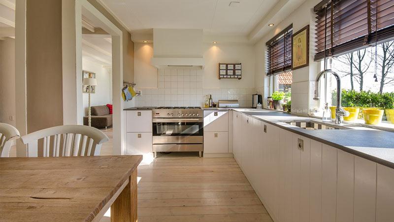 Scegli il gres porcellanato per le ante della cucina