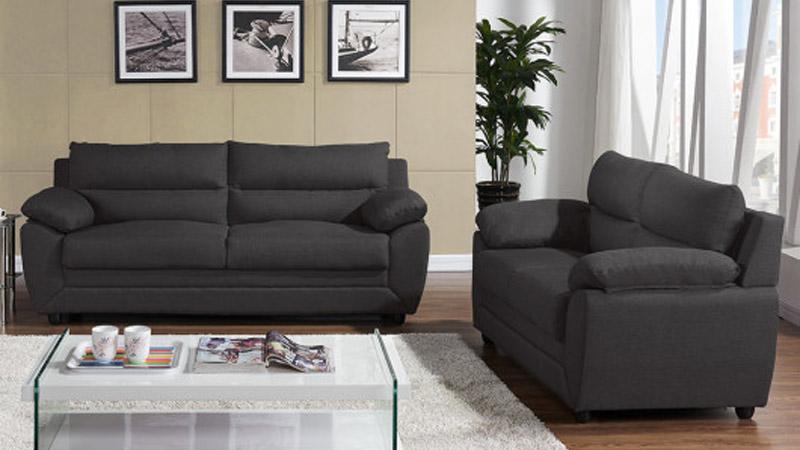 online retailer d629d ee8f7 Come pulire un divano in tessuto non sfoderabile?