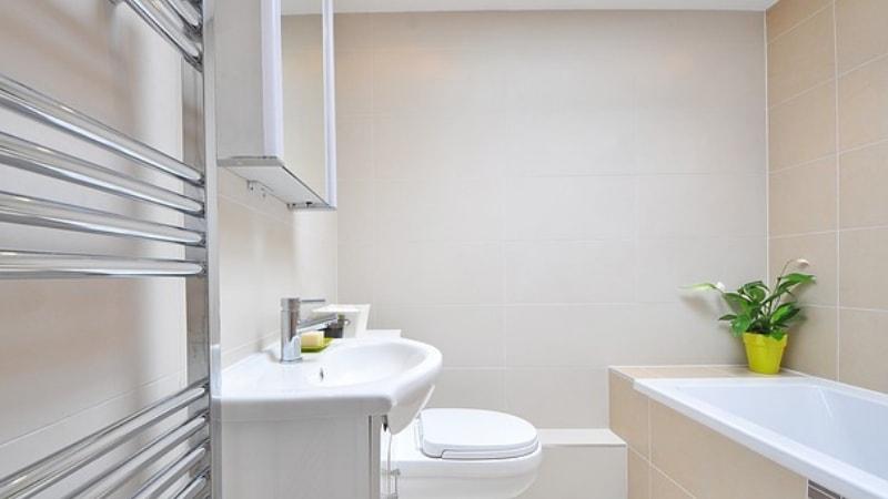 Bagni Piccoli Con Vasca : Bagno piccolo: come farci stare la vasca?