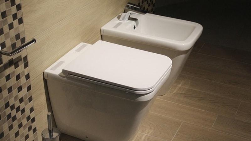 Come spostare lo scarico del wc