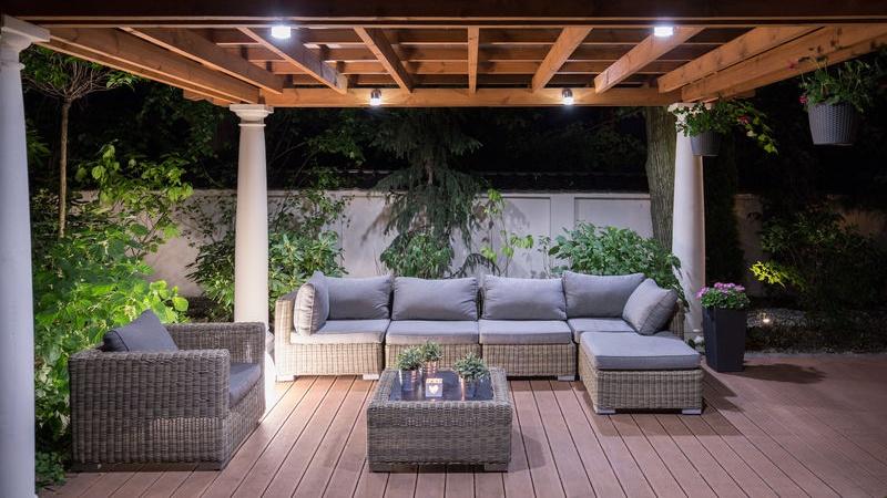 Come illuminare un terrazzo senza la corrente
