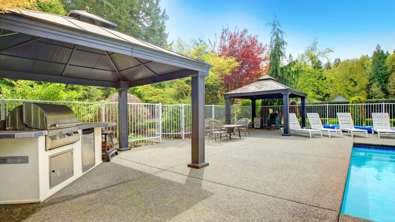 Tavolo Da Giardino Con Barbecue.3 Idee Per Creare Una Zona Barbecue In Giardino