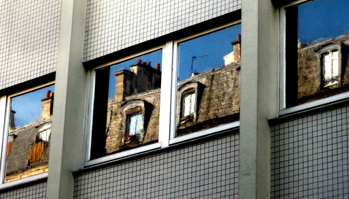 Lavorano Spesso Alle Finestre da finestra normale a vasistas: ecco come fare