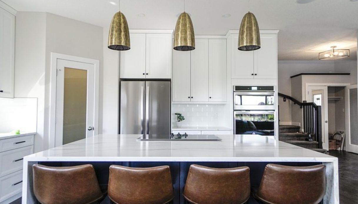 Illuminazione Piano Lavoro Cucina come illuminare una cucina con isola