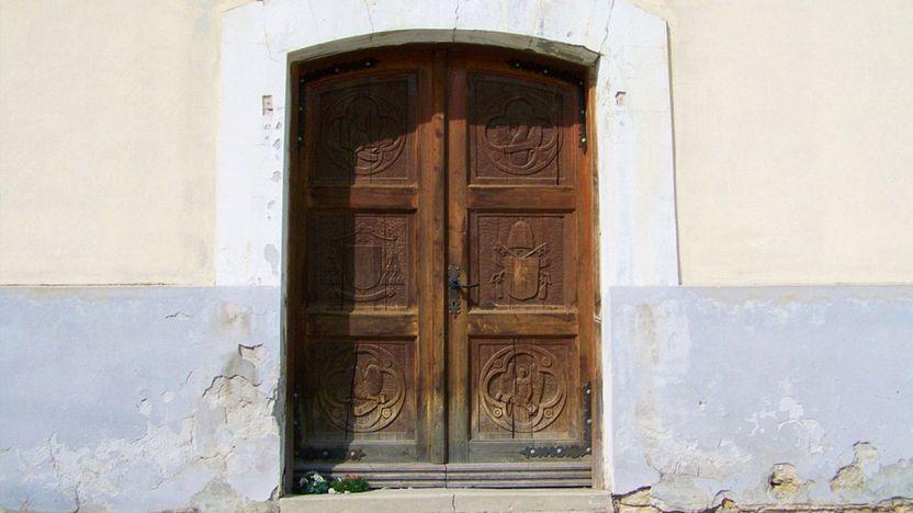 Quale porta scegliere per la cabina armadio?
