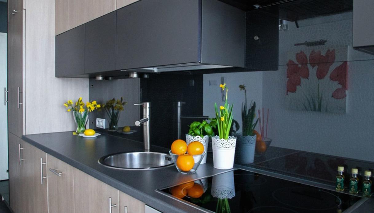 Coprire Piastrelle Cucina Con Pannelli soluzioni no piastrelle per rivestire le pareti della cucina