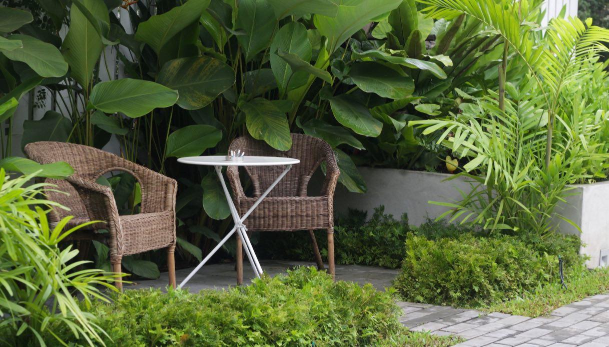 Divanetto Per Balcone Piccolo come realizzare un angolo relax in giardino o in balcone