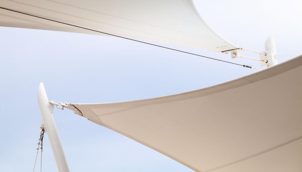 Vela Triangolare Da Giardino tende da sole a vela: pro, contro, caratteristiche, prezzi