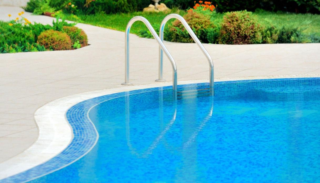 Piscine Interrate Prezzi Tutto Compreso piscine interrate: quanto costa realizzare una piscina in