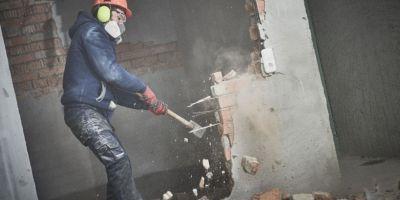 quanto costa demolire un edificio