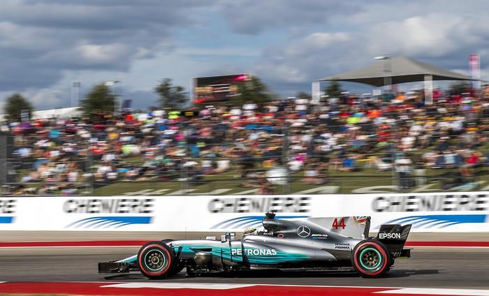 Gp Usa: Hamilton vince, Vettel secondo. Mondiale a Mercedes