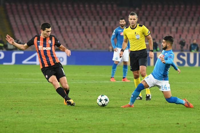 Champions: 3-0 allo Shakhtar, il Napoli spera nel miracolo