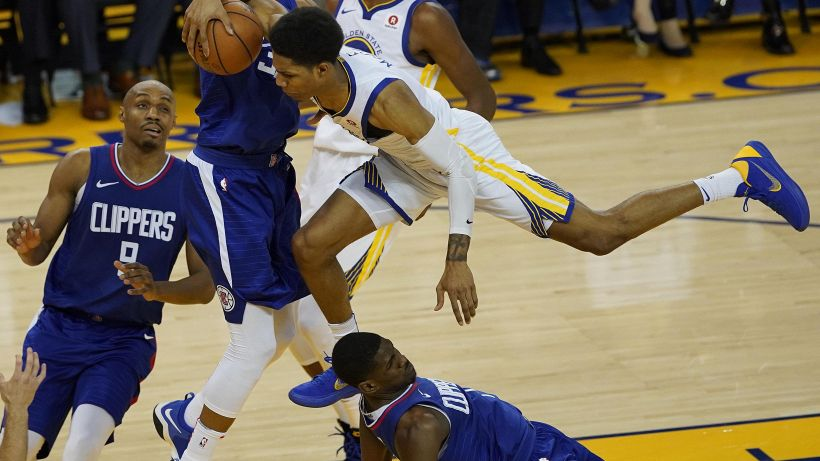 Nba, Clippers mandano ko Golden State