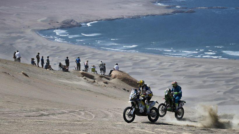 Dakar: vincono Van Beveren e Loeb