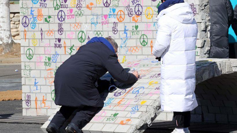 Alle Olimpiadi i grandi murales per la pace