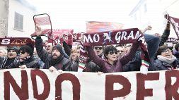 Funerali Mondonico: cori, sedie e lacrime a Rivolta d'Adda