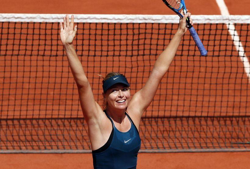 Muguruza e Sharapova non sbagliano a Parigi