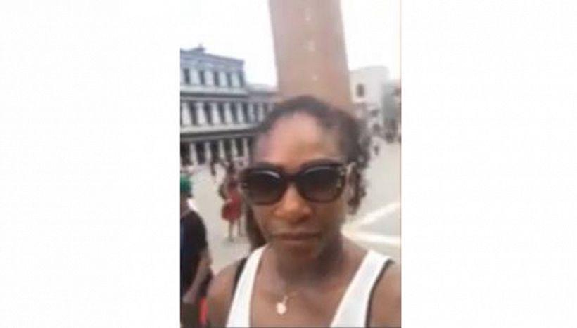 Serena Williams, gaffe da ridere sotto il campanile di San Marco