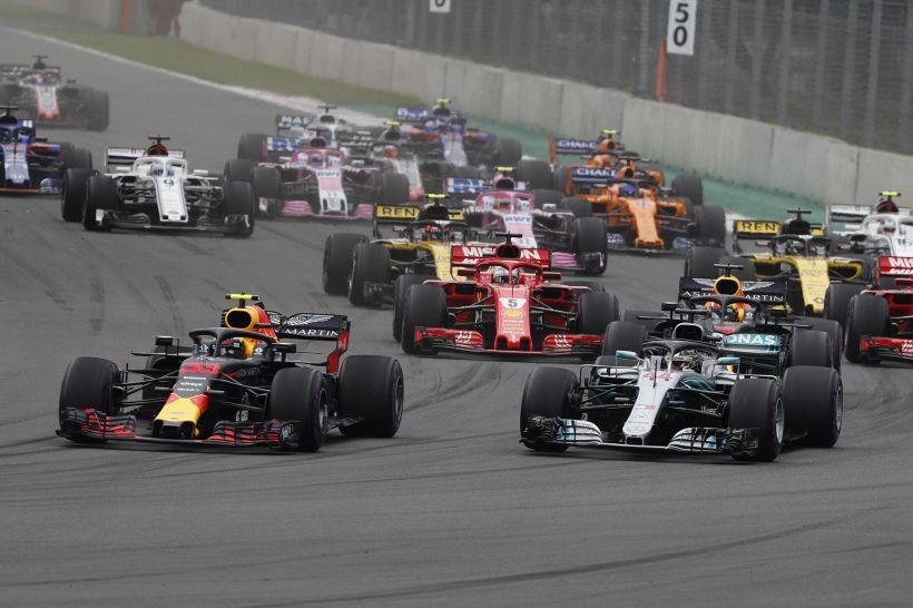 F1, Gp Messico: rimonta Vettel, trionfo Hamilton. La cronaca