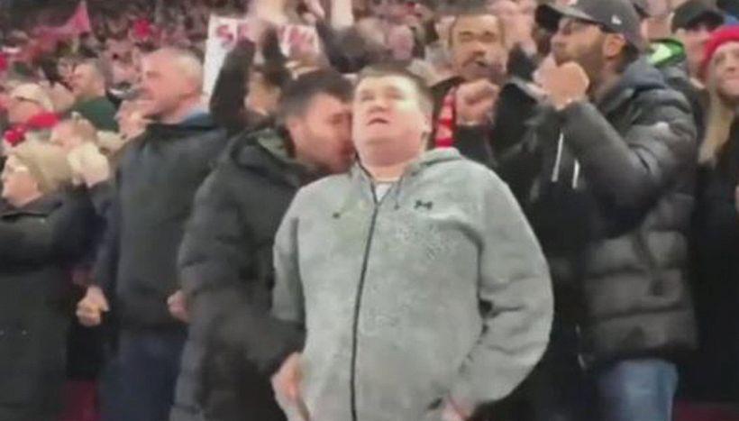 Segna Salah, il tifoso lo racconta al cugino che non può vedere