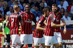 """""""È il nuovo punto fermo del Milan"""": l'ironia dei tifosi"""
