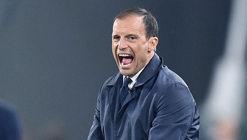#AllegriOut, spunta il like di un big della Juventus