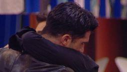 Michael Terlizzi piange in diretta. Messaggio forte della d'Urso