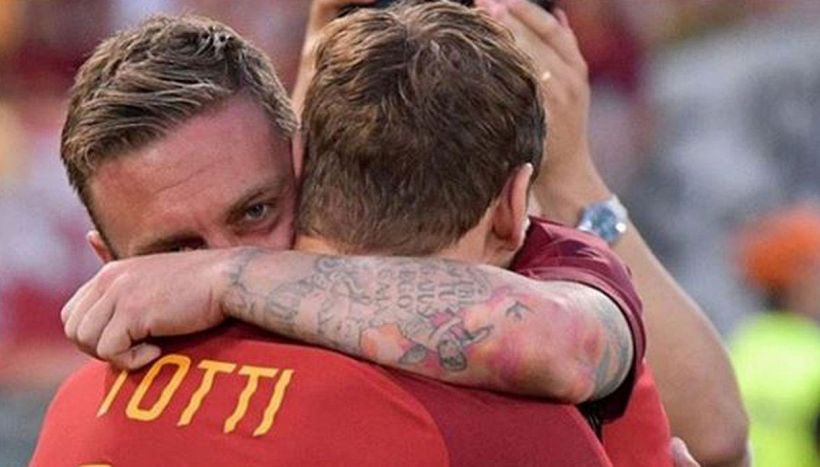 """De Rossi, Totti emoziona e commuove: """"Un giorno triste"""""""