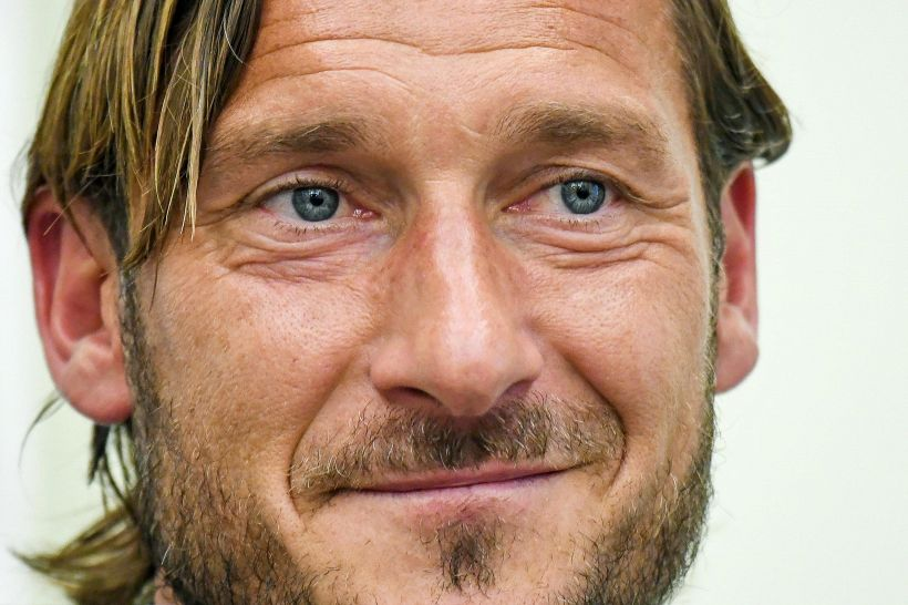 Suarez parla italiano come Totti, i social non perdonano