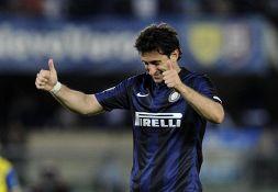 Milito bacchetta l'Inter, i tifosi gli ricordano uno sgarbo