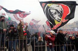 """Milan, tifosi contro il club: """"Non ci rappresenta"""""""