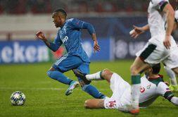 Juve, il gol di Costa salva Sarri ma i tifosi sono perplessi