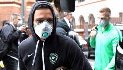 Europa League, giocatori Ludogorets con guanti e mascherine