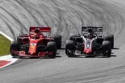 Vettel, Grosjean svela retroscena: Con Seb all'alba su Whatsapp